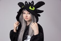 Toothless kigurumi NEW VERSION by yotsubanoclover on Etsy Ahhhhh..i need this!!!!