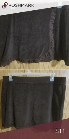 Womens brown swim skirt cover up Womens brown cover up swim skirt, size XL.  Brand new without the tags. Merona Swim Coverups