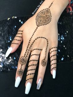 Henna design for all occasions Mehndi Party, Mehendi, Henna Designs Easy, Mehndi Designs, Finger Henna, Wedding Henna, Mehndi Images, Simple Henna, Henna Tattoos