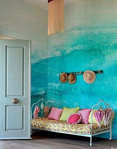Take a look at PIXERS' design ideas - Ombre interior design inspirations. Our projects created to inspire you! Deco Turquoise, Turquoise Walls, Bedroom Turquoise, Deco Boheme, Hand Painted Walls, Ombre Painted Walls, Paint Walls, Watercolor Walls, Watercolor Wallpaper