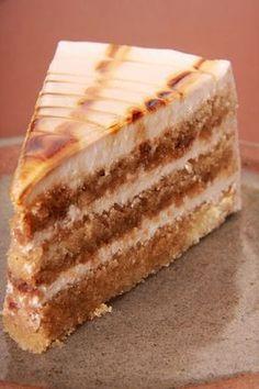 Irish Coffee Cake - Varomeando with Thermomix Sweet Recipes, Cake Recipes, Dessert Recipes, Poke Cakes, Cupcake Cakes, Irish Coffee Cake, Coffee Dessert, Sweet And Salty, Cake Cookies