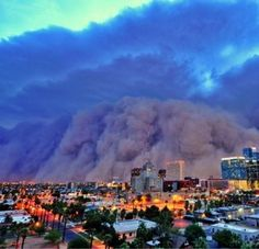 I want to witness a haboob. I've survived West Texas sandstorms, I need to see what makes a haboob so damned special!
