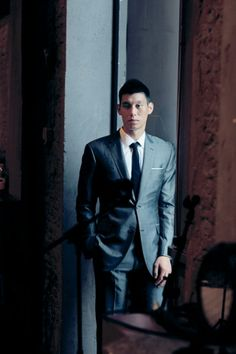 Celebrity Birthday August 23 Jeremy Lin, hard court heartthrob and star player of Houston Rockets. Mens Fashion Suits, Mens Suits, Steve Novak, Iman Shumpert, White Pocket Square, Grey Suit Men, Jeremy Lin, Men Photography, Mens Style Guide