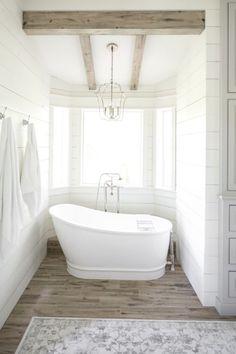 Farmhouse Bathroom | Shiplap Bathroom | White & Gray Bathroom