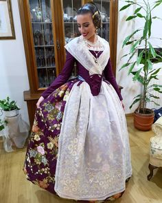 Fairytale Dress, Culture, Traditional, Aprons, Clothing, Beauty, Beautiful, Dresses, Handmade