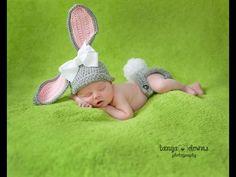 Crochet cap for baby rabbit Easter Pictures, Cute Baby Pictures, Newborn Pictures, Children Photography, Newborn Photography, Baby Kids, Baby Boy, Outfits Niños, Newborn Poses