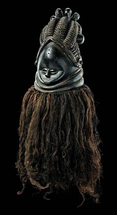 "Africa | Helmet mask ""sowei"" from the Mende people of Sierra Leone 