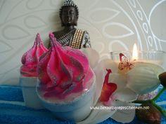 Handgemaakte luxe badbruis bloempot voor een verwennerij in bad, voor jezelf of als cadeautje. www.betaalbaregeschenken.nl
