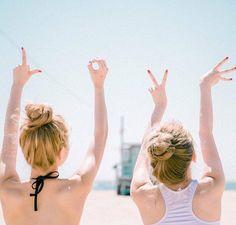 O que nos faz amigos é essa capacidade de sermos muitos, mesmo quando somos dois. Pe.  Fábio de Melo