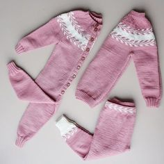 Takket være snille @lehamolde er jentene klar for barnehage start 💛 #snøløvgenser #snøløvdress #snøløvbukse #strik #strikking #knit… Love Knitting, Knitting For Kids, Knitting Projects, Baby Knitting, Knitting Ideas, Baby Princess, Baby Born, Diy And Crafts, Knit Crochet