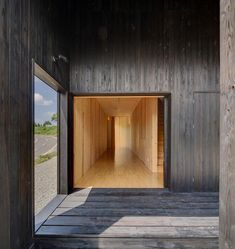 Australia House, a pavilion in Niigata Prefecture, Japan by architect Andrew Burns