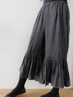 Pettipants in ink-colored belgian linen … make from a modified Folkwear Edwardian Underthings pattern? Charming poking out under a skirt or worn alone; looks very comfy!