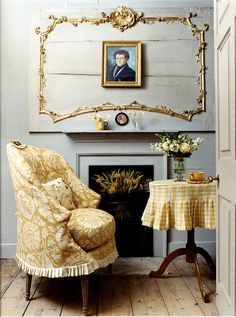 Hydrangea Hill Cottage ..love the slipcover and table cloth details