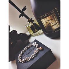 #valentinesgift #scarlettjewellery #champagnecattier #imogensluxuries #quiz