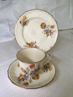 Alfred Meakin Marigold Astoria Shape Trio Cup Saucer Side Plate