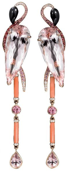 Throwback Thursday: Lorenz Baumer flamingo earrings designer Lorenz Bäumer, the creator behind Louis Vuitton fine jewelry. In fact, he has been the creator of many fine jewelry pieces for other eminent names such as Chanel, Guerlain and Baccarat. High Jewelry, Jewelry Art, Vintage Jewelry, Jewelry Accessories, Jewelry Design, Unique Jewelry, Bling Bling, Ideas Joyería, Bijoux Art Deco