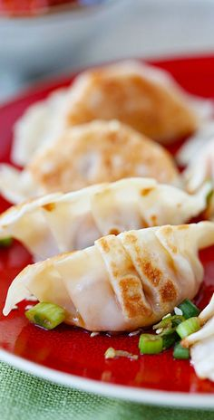 Kimchi Dumplings – Spice up your dumplings by adding kimchi to make juicy, plump and delicious dumplings that you just can't stop eating!!   rasamalaysia.com