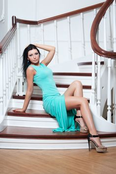 Best 22 Best Beautiful Women Staircases Images Beautiful 400 x 300