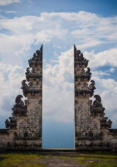 Pura Lempuyang in Bali, Indonesia, Gophrette Power  (via asilenteloquence)