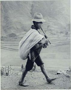 Werner Bischof (Zurigo, 26 aprile 1916 – Trujillo, 16 maggio 1954): On the Road to Cuzco, Peru, 1954