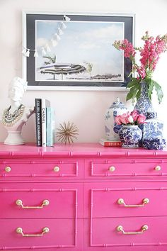 Living Room Decorating Ideas. bamboo, pink chest, ginger jar