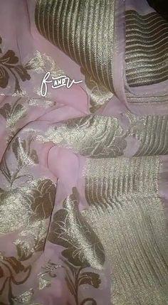 Pure chiffon Sarees with zari embossing Saree Designs Party Wear, Wedding Saree Blouse Designs, Silk Saree Blouse Designs, Fancy Blouse Designs, Silk Saree Banarasi, Organza Saree, Chiffon Saree, Designer Sarees Wedding, Saree Wedding