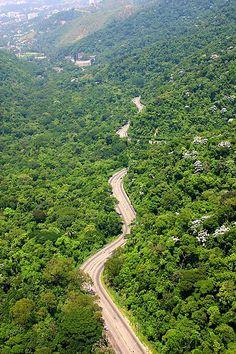 Estrada Grajaú- Jacarepaguá - Rio de Janeiro - Brasil