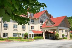 Country Inn and Suites, Helen, GA....wonderful place to stay!