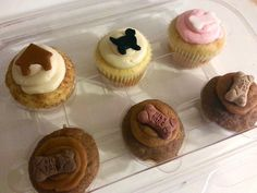 Cakes by Meg used our 6 cavity mini cupcake containers to store her delicious looking treats.