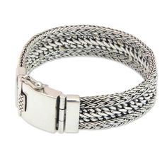 Dragon Spirit Handmade Vintage Style Traditional Cultural Clothing Accessory Men's Sterling Silver Jewelry Bracelet (Indonesia)