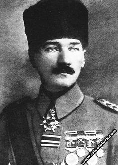 1918-Mustafa Kemal Ordu Komutanı ve Padişah Yaveri iken.(31 Ekim- 13 Kasım 1918)
