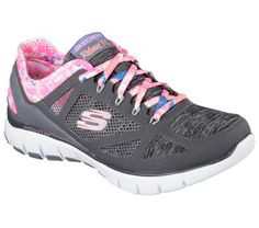 Find the ultimate level of comfort and sporty style with the SKECHERS training shoe. Crafted with smooth, synthetic mesh fabric in a classic lace-up silhouette, it's ideal for your collection. Sketchers Shoes, Skechers Relaxed Fit, Tropical Vibes, Sporty Style, Training Shoes, Colorful Fashion, Me Too Shoes, Shoe Boots, Shoes Sneakers