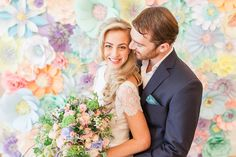 It's a whimsical wedding day treat with Alice in Weddingland. Magical Wedding, Whimsical Wedding, Elegant Wedding, Big Bouquet Of Flowers, Paper Flowers, Flowers London, All Inclusive Wedding Packages, Wedding Day Inspiration, Wedding Costs