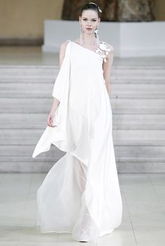 Alexis Mabille Spring 2011 Couture Fashion Show Couture Fashion, Fashion Show, Fashion Design, White Gowns, White Dress, Alexis Mabille, Amazing Wedding Dress, Perfect Wedding, Couture Wedding Gowns