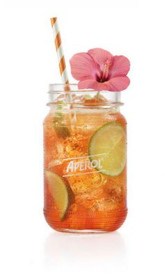 Summer drinks with Aperol – Cocktail Vodka Mixed Drinks, Cocktail Drinks, Cocktail Recipes, Aperol Drinks, No Cook Desserts, Lemon Desserts, Power Smoothie, Cooking Photography, Cooking Cake