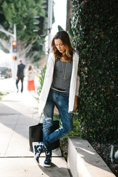 What Katie wore: Street chic | Blue High Top Sneakers Stre