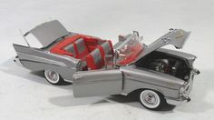 Danbury Mint 1957 Chevy Convertible in 1/24 scale. High detailed diecast. See in Case 40 .. $65.00
