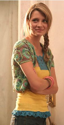 You young whippersnappers can take your Vampire Diaries, I'll have my OC! Marissa Cooper (aka Mischa Barton, aka Marissa Cooper) rocks a crocheted bolero AND a crochet trim tank