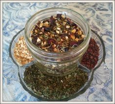 Homemade Christmas: Create Your Own Tea Blends. A simple, inexpensive yet fabulous gift that has lots of possibilities for customizing to your specific recipients!