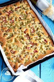 Helppo raparperipiirakka pellillinen Finnish Recipes, Sweet Recipes, Healthy Recipes, Rhubarb Recipes, Sweet Pastries, Sweet Pie, Baking Recipes, Food To Make, Good Food