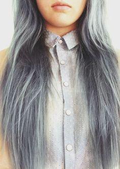 graue haare junges mädchen