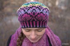 Ravelry: Cumulus pattern by Inna M. Crochet Mittens Free Pattern, Knit Crochet, Crochet Hats, Knitted Beret, Knit Beanie, Fair Isle Knitting, Hand Knitting, Knitting Designs, Knitting Patterns