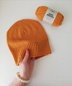 Ravelry: Kevätaurinkopipo pattern by Elizaveta Klimenko Ravelry, Knitted Hats, Diy And Crafts, Knit Crochet, Knitting, Mini, Pattern, Fashion, Moda