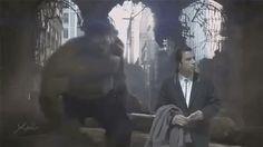 John Travolta confuso  (16)