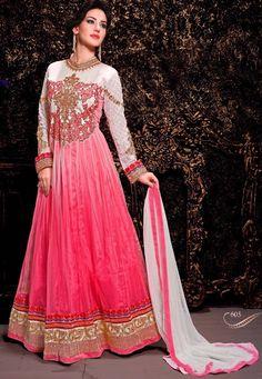 Rose avec Off blanc Costume net Anarkali avec Dupatta net Prix: -69,20 €  Andaaz Fashion présente une nouvelle arrivée rose avec Off demi de couleurs blanches piquées costume Anarkali . Agrémentée de travail de Patch , le travail de la dentelle de la frontière . La longueur supérieure est de 48 à 50 pouces . Il peut être personnaliser jusqu'à la taille 42.  Ceci est préfet pour mariage, fête d'usure  http://www.andaazfashion.co.uk/pink-with-off-white-net-anarkali-suit-dmv13418.html