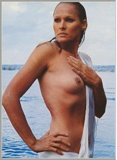 115 Best Ursula Andress Images In 2019 Ursularess Ursula Anita