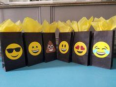 12 bolsas favor de emoji