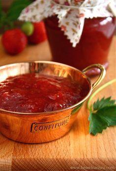 Dżem rabarbarowo-truskawkowy i sposób na pasteryzację przetworów Canning Recipes, Preserves, Food Inspiration, Chili, Salsa, Good Food, Food And Drink, Healthy Eating, Dinner
