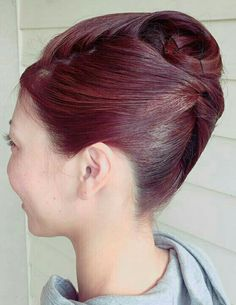 Behive Hairstyles, French Pleat, Beehive Hair, Roll Hairstyle, Japanese Hairstyle, Elegant Updo, Perm, Updos, Rolled Hair