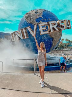 There's no shortage of photo ops at Universal Orlando Resort! The theme parks, the resorts, and Universal's CityWalk all have countless opportunities to get that perfect shot for the … Universal Orlando, Universal Studios, Orlando Travel, Orlando Resorts, Orlando Florida, Orlando Disney, Downtown Disney, Cute Disney Pictures, Travel Pictures